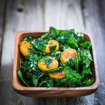 Green salad with kale