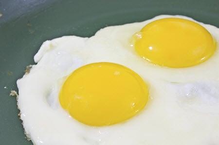 Egg whites and yolks