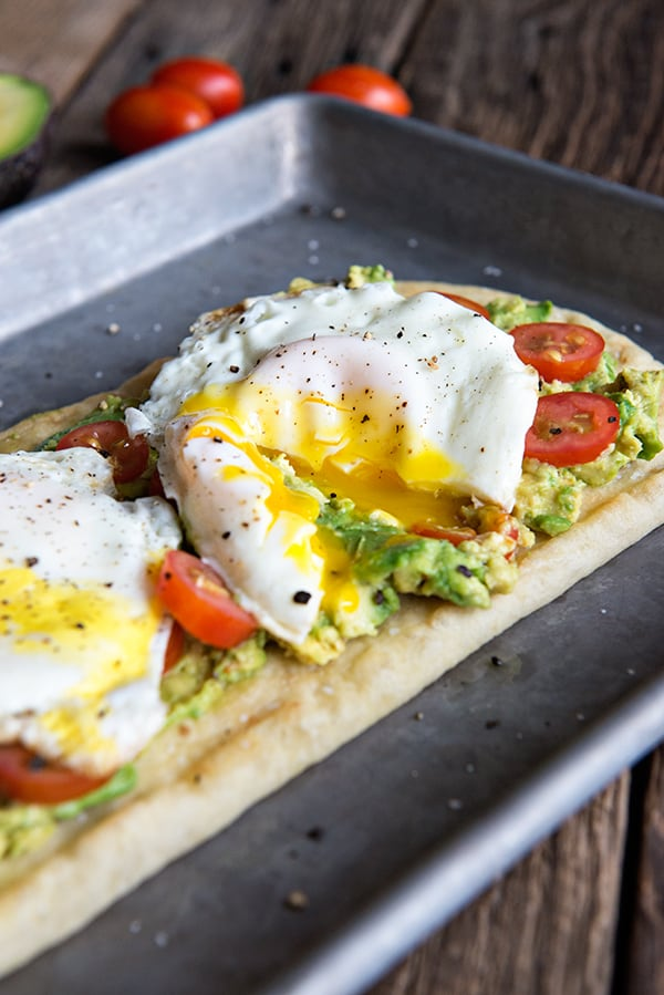 Egg and Avocado Breakfast Pizza