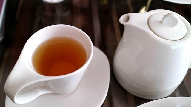 Oolong tea poured