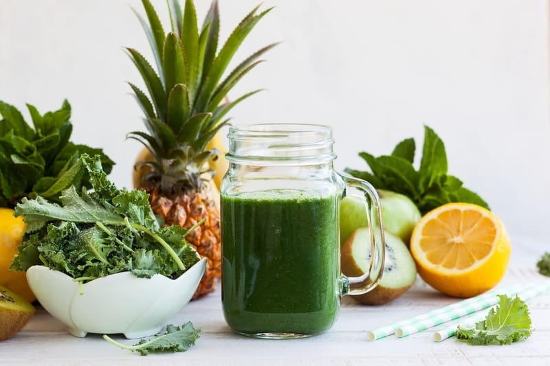 Kale smoothie with fruit