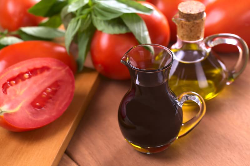 Red Wine Vinegar vs Apple Cider Vinegar