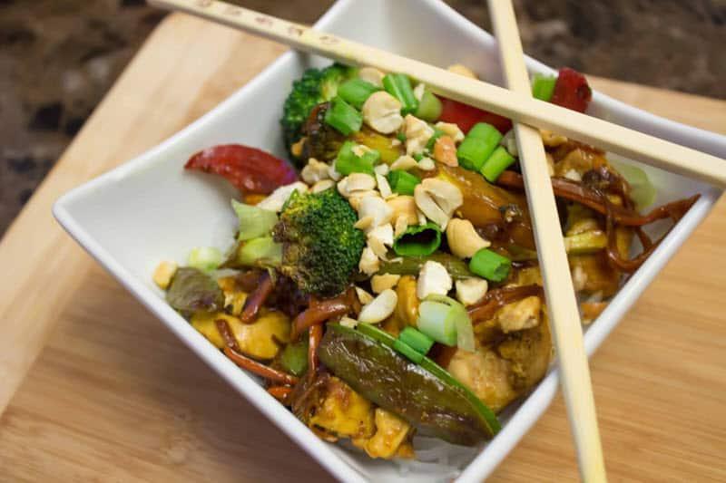 Chicken Stir-Fry with Shirataki Noodles