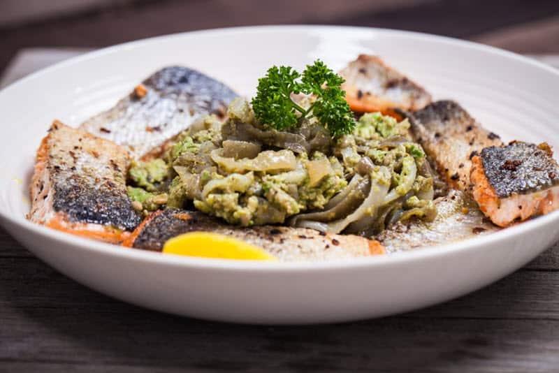 Crispy Salmon with Creamy Shirataki Noodles